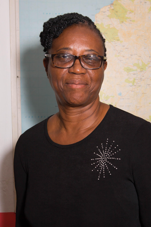 Linda Phillip-Jones : Teacher