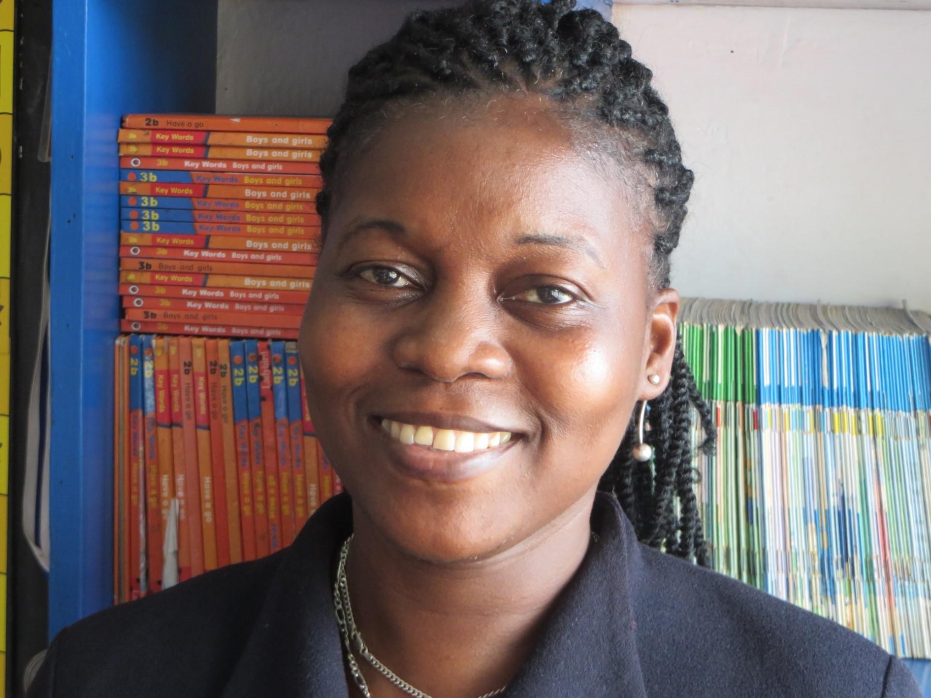 Aminata Grenade : Teacher